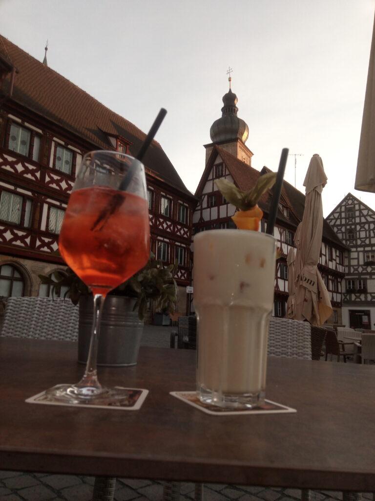 Cocktails auf dem Rathausplatz